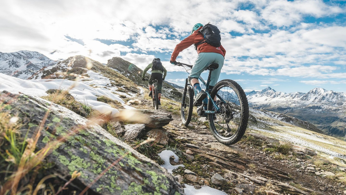 Experience uphill flow while e-biking in Davos Klosters.